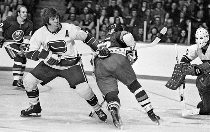 Barry Wilkins of the Vancouver Canucks - Dec 29th, 1973